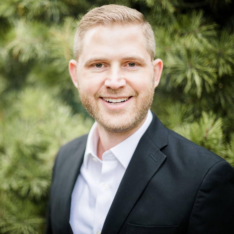 Dr. Ben Curtis